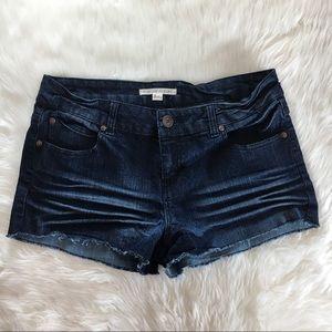 Forever 21 Dark Denim Shorts Size 30